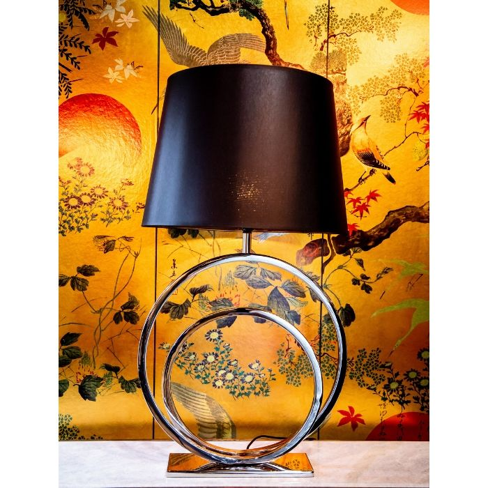 Circle Table Lamp In Silver Finish